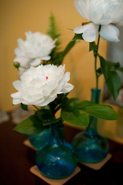 SBK_Flowers_BlueVases